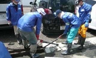 東日本大震災支援の様子の写真01